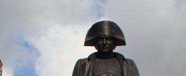 Le monument Napoléon à Varsovie
