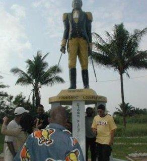 Statue de Toussaint-Louverture
